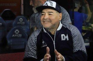 Murió Diego Armando Maradona  -