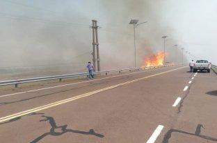 Yacyretá informó que los incendios están controlados y no peligran las instalaciones de la represa