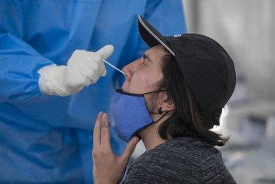 El 50% de los hisopados realizados por Iapos en Rosario y Santa Fe dieron positivo