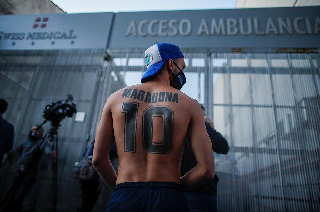 """Muerto Maradona, ¿nació una mitología popular? """"No, Diego ya era mito en vida""""  -  -"""