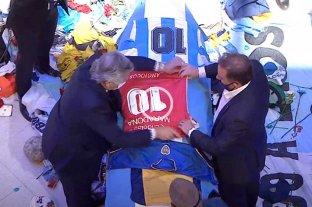 El Presidente participó del velatorio de Maradona -  -