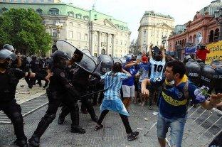 """De Pedro exige a Rodríguez Larreta que """"frene"""" la represión en inmediaciones de Plaza de Mayo"""