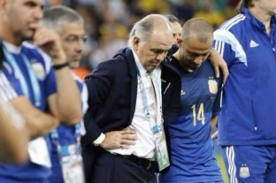 """Mascherano envió fuerzas a Sabella tras su internación: """"¡Vamos Ale, no me aflojes!"""""""