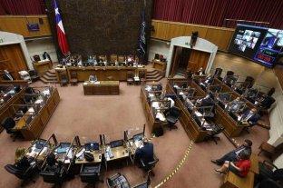 Chile: el Senado rechazó proyecto opositor para retirar fondo de pensiones por la crisis