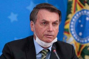 Bolsonaro aviso que se eximirá de cualquier efecto secundario de la vacuna
