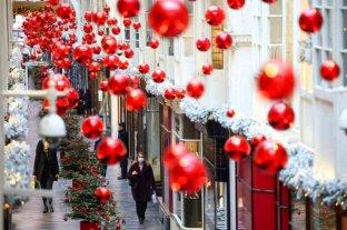 Europa analiza medidas para evitar la propagación del coronavirus en Navidad