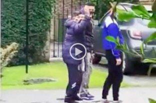 Difunden un video con imágenes de Maradona caminando por el barrio privado -