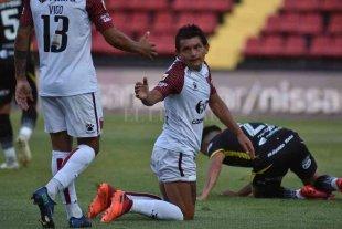 """Colón busca el """"1"""" de su zona ante Independiente"""