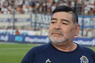 """El informe de la enfermera que cuidaba a Maradona que, según dijo, contenía """"falsedades"""""""