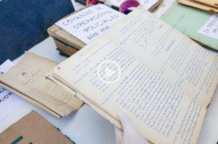 Hallan archivos relacionados con la policía durante la última dictadura -  -