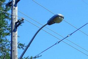 Corrientes: una mujer murió electrocutada mientras colgaba ropa