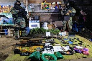 Drogas, un arsenal y ocho detenidos en Coronda