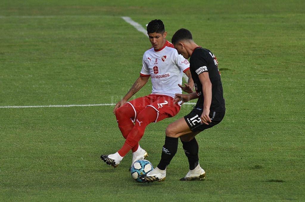 Colón perdió ante Independiente y sumó su primera derrota en el torneo -  -