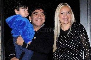 Difunden el audio que Maradona le envió al actual novio de Verónica Ojeda - Maradona con Diego Fernando y Verónica Ojeda.