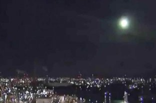 Un meteorito brillante fue captado por las cámaras cuando ingresó a la atmósfera en Japón
