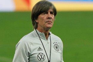 Joachim Löw continuará como entrenador de la selección alemana de fútbol