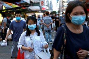 Hong Kong impone restricciones ante fuerte ola de coronavirus
