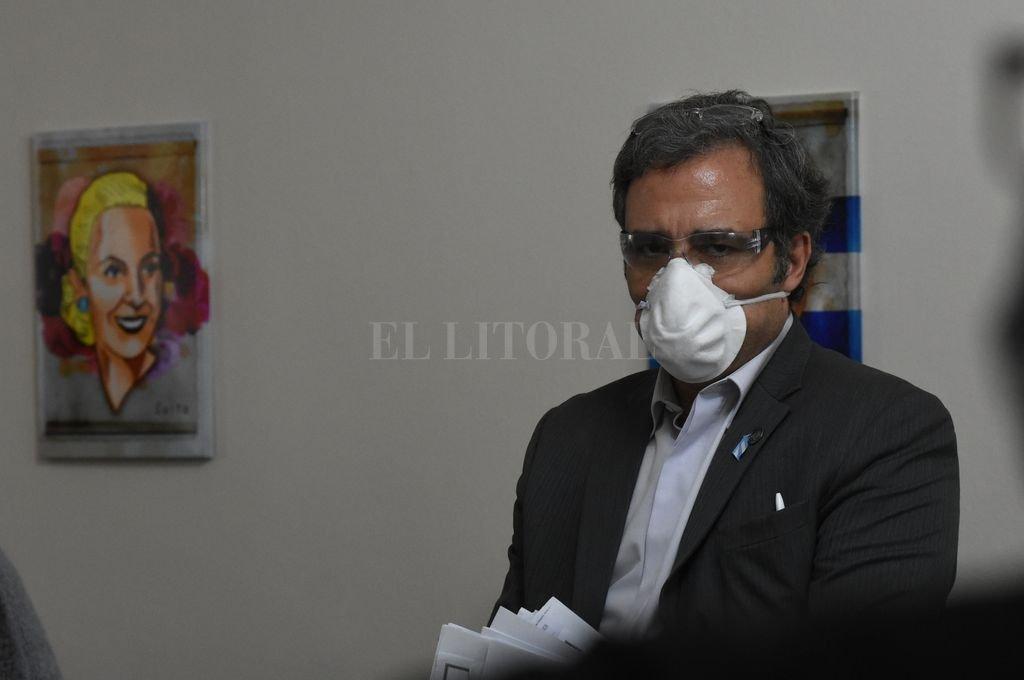 Martínez enojado con Pedro Uliambre. No es el único. Crédito: Mauricio Garín