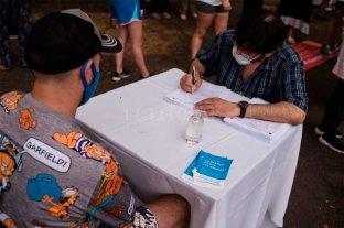 Testeos rápidos, gratuitos  y confidenciales de VIH -  -