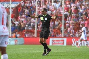 Designaron a los árbitros para la sexta fecha de la Copa Diego Maradona