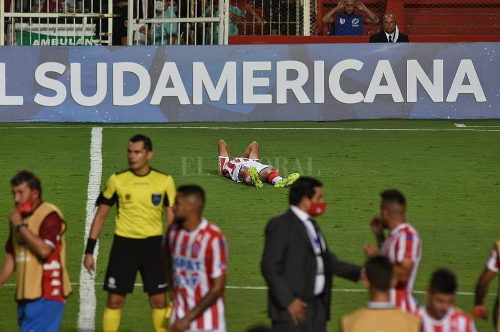 Unión no pudo con Bahía y quedó eliminado de la Copa Sudamericana -  -