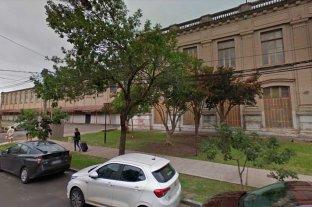 Descubrieron un boquete en la Estación Belgrano: faltaban elementos de unas motos