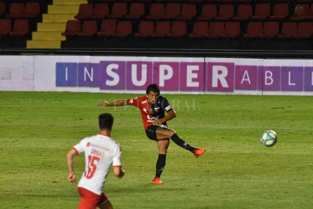 Calidad insuperable. El tucumano Luis Miguel Rodríguez, mejorado físicamente y con ganas, es un jugador completo en todo sentido. Sin altura, es capaz de jugar como el mejor