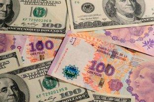 """El dólar """"ahorro"""" supera los $ 143 y el """"blue"""" baja a $ 152"""