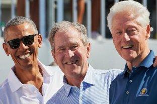 """Covid-19: Barack Obama, George Bush y Bill Clinton se ofrecieron para vacunarse """"públicamente"""""""