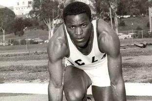"""Murió Rafer Johnson, el medallista olímpico que """"redujo"""" al asesino de Robert Kennedy"""