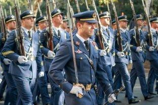 """Conmoción en España por un chat de militares que hablan de """"fusilar a 26 millones"""" de personas"""