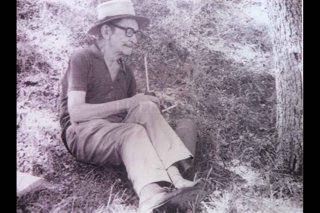 """Otro Juan, en este caso Saer, describió a Juanele como """"el más grande poeta argentino del siglo XX"""". Su mítica obra justificó una nueva edición a 42 años de su muerte. Crédito: Archivo El Litoral"""