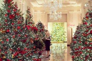 Melania Trump presentó su última e imponente decoración navideña en la Casa Blanca