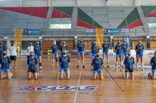 Las selecciones argentinas de vóley entrenaron en Santa Fe