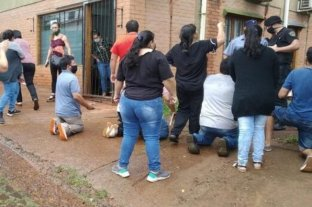 """Escándalo en Misiones: una familia acusó a una jueza de """"robarles"""" a su hija adoptiva"""
