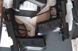 Estiman que en 2021 se podrá concluir el peritaje de la totalidad de las armas cortas de la Policía santafesina