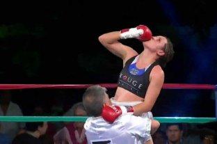 """La """"Bonita"""" Bermúdez ganó en Zavalla y mantuvo el título mundial supergallo de la FIB"""