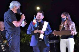 """Baucero y Carolina Gómez encabezaron el 4° festival """"Navidad en Cacique"""""""