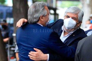 """Alberto Fernández se mostró junto a Moyano: """"Soy un compañero"""""""
