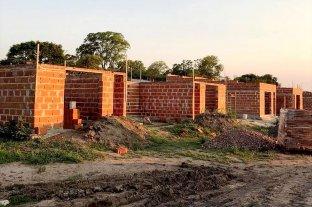 """""""Lote Propio"""": firmaron convenios para construir viviendas en el departamento La Capital"""