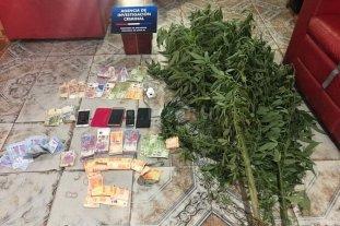 Corrupción policial: patrulleros para delivery de droga y tarifas para alojar familiares en un penal