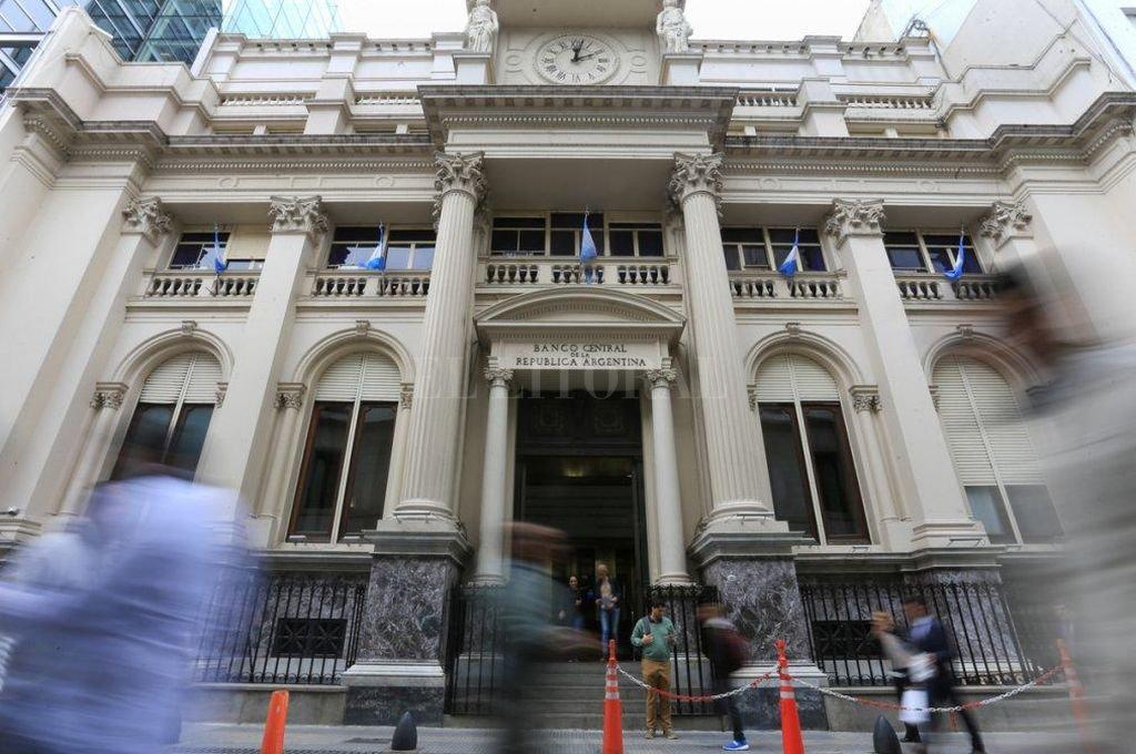 Banco Central de la República Argentina. Hace mucho que se usa como un quisco. Esa no es su función. Crédito: Télam