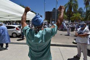 Un sector de los trabajadores de la salud extiende el paro otras 24 horas