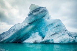 A-68A, el iceberg más grande del mundo, se rompió en pedazos