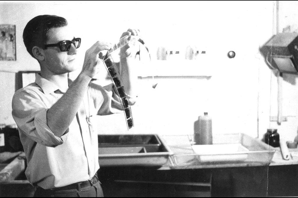 El Instituto de Cinematografía de la UNL fue fundado por Fernando Birri en 1956, gracias al apoyo de Angela Romero Vera, entonces delegada y directora de Enseñanza del Instituto Social y el rector Josué Gollán. Crédito: Archivo El Litoral / UNL