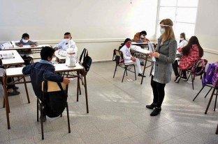 """En Buenos Aires ya hablan de """"reducir la presencialidad"""" en las escuelas"""