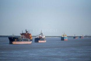 Paro transportista afectó a puertos bonaerenses, mientras que en Rosario actividad fue casi normal