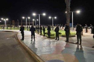 El intendente de Pinamar salió a defender el cordón policial en las playas por año nuevo