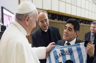 """El papa Francisco recordó a Maradona: """"En el campo era un poeta, pero también un hombre frágil"""""""