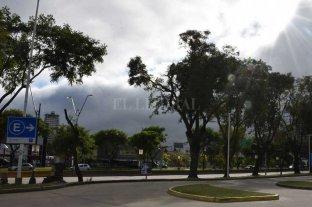 Lunes con nubosidad y algunas precipitaciones en la ciudad